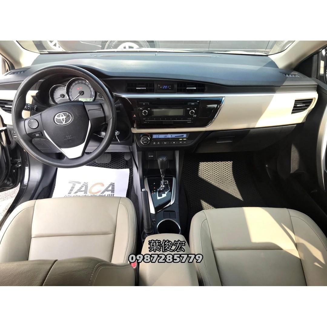 2014年Toyota Corolla Altis 1.8 經典日系神車 里程少 車內稀有雙色