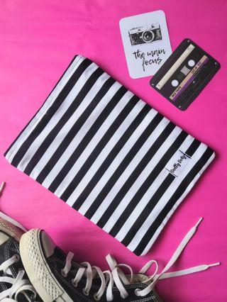 Black and white stripes Booksleeve