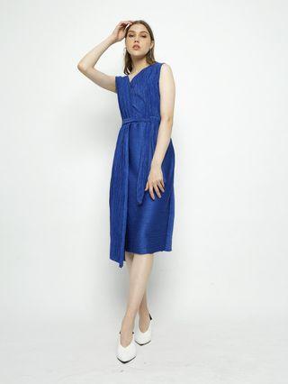 For Rent : Geneva dress
