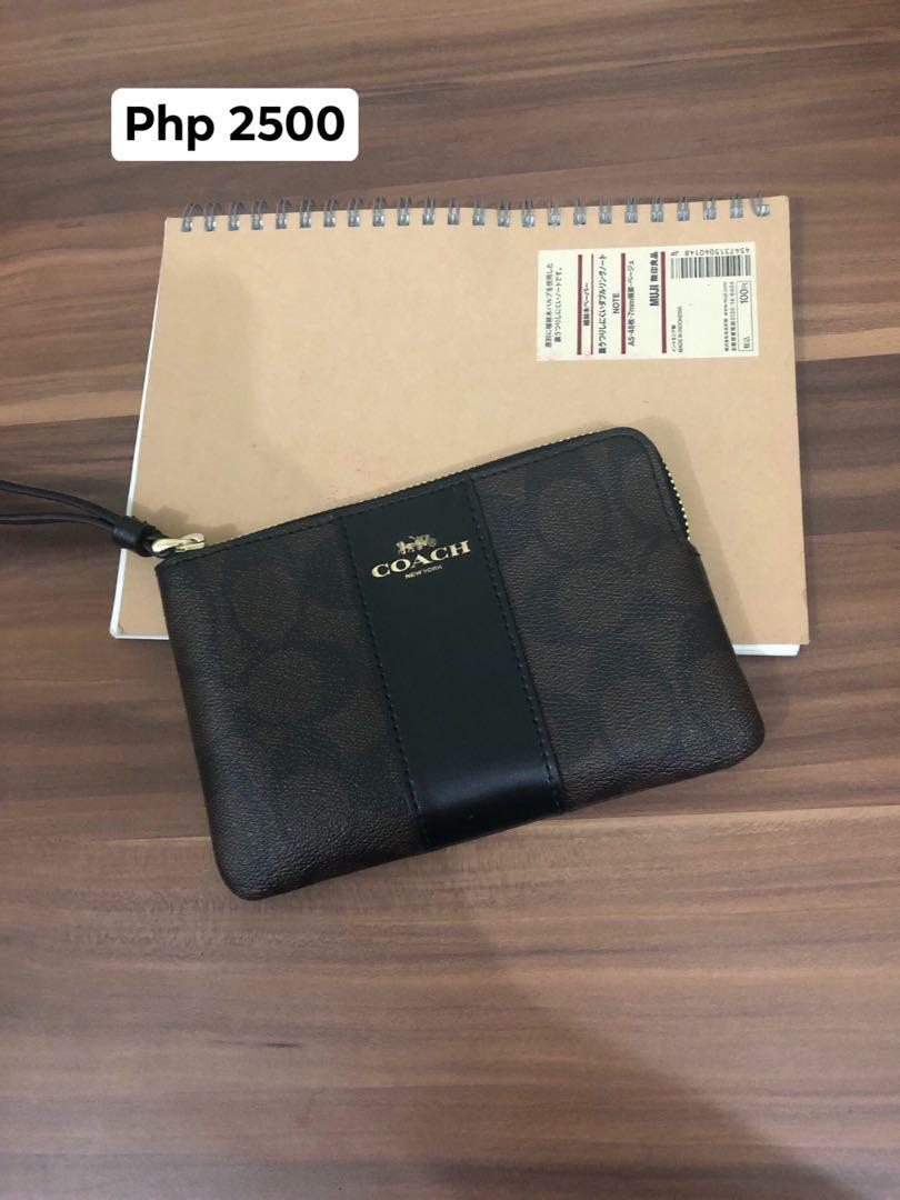 60% Off! Bnew Authentic Coach Wrist Wallet