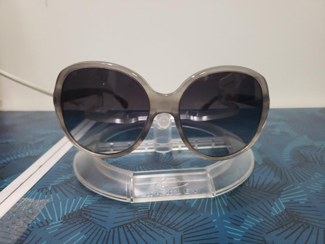 80% off CHANEL 5232-Q-A C1303/3C Size 58 Vintage Round polished gray transparent marble acetate frame with Gray gradient lenses Sunglasses 二折 CHANEL 5232-Q-A C1303/3C Size 58 復古圓型灰色透明雲石紋色膠架灰漸變色鏡太陽眼鏡