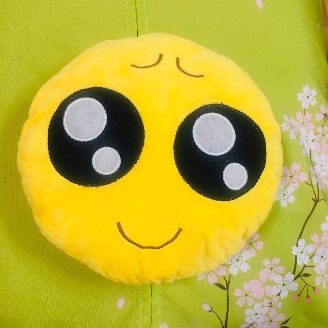 微笑小抱枕