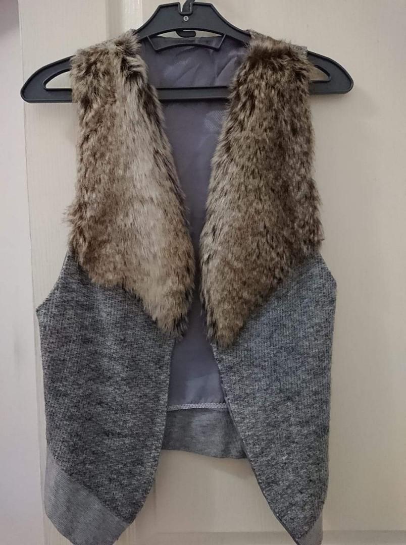 仿兔毛質感氣質款針織背心