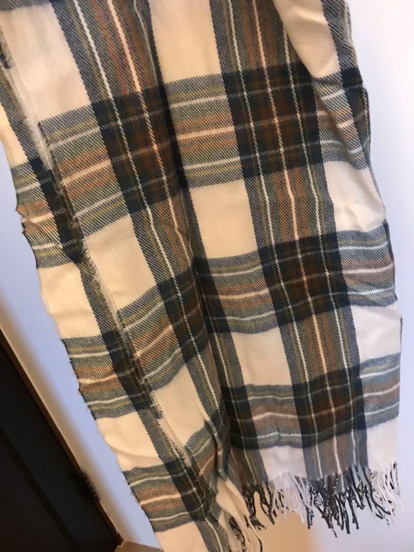 韓國買的圍巾 超大圍巾 很暖