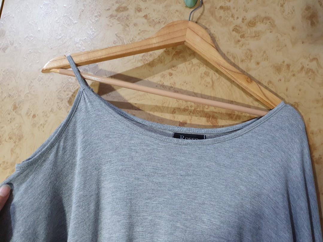 莫戴代爾棉 露肩斜邊單肩素面 開衩長袖棉T