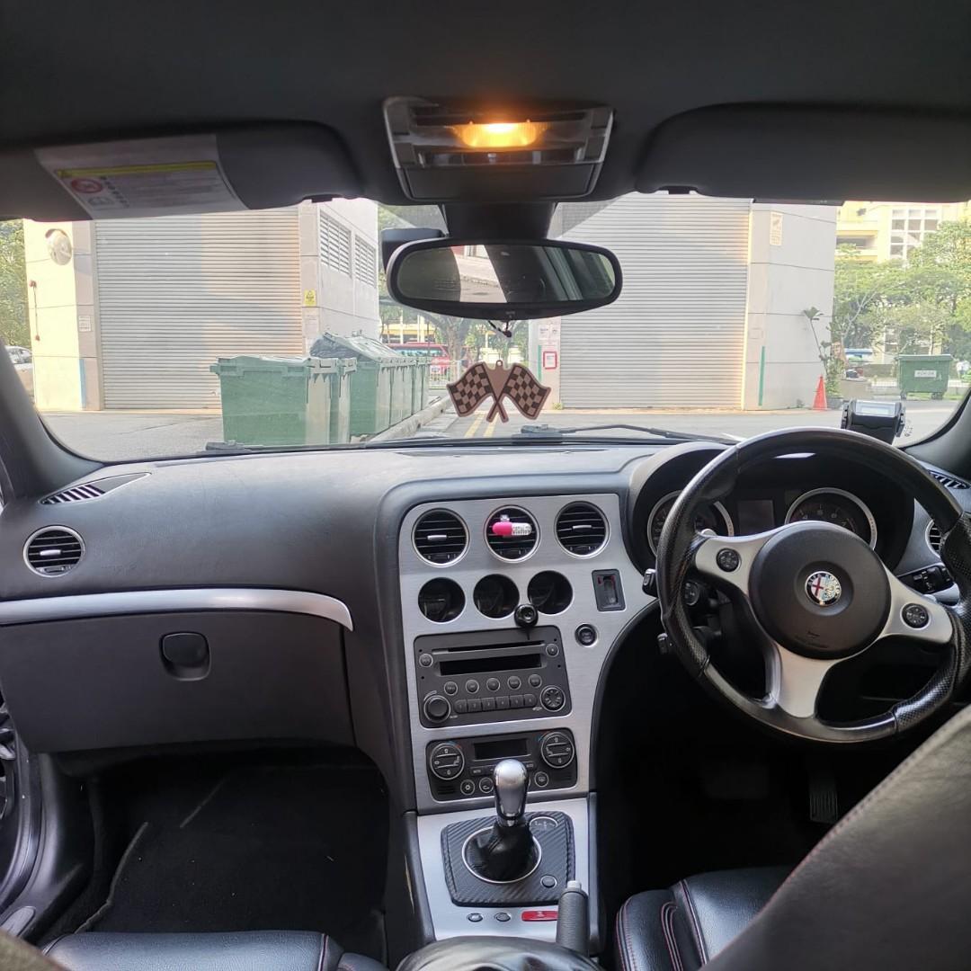 Alfa Romeo 159 for rent (with novitec exhaust)
