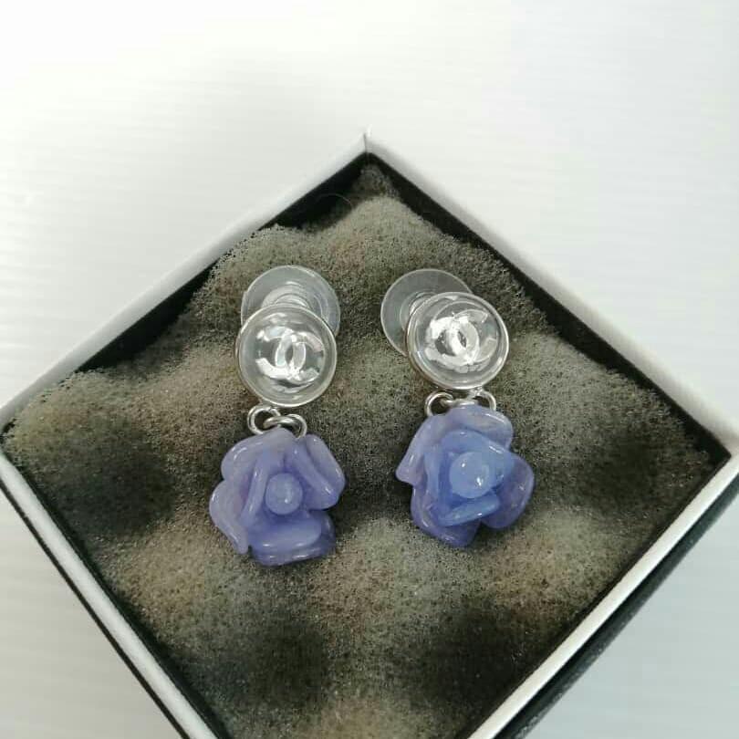 AUTHENTIC CHANEL CC LOGO CAMELLIA FLOWER EARRINGS - GOOD CONDITION - (CHANEL CAMELLIA EARRINGS NOW RETAIL AROUND RM 3000+)
