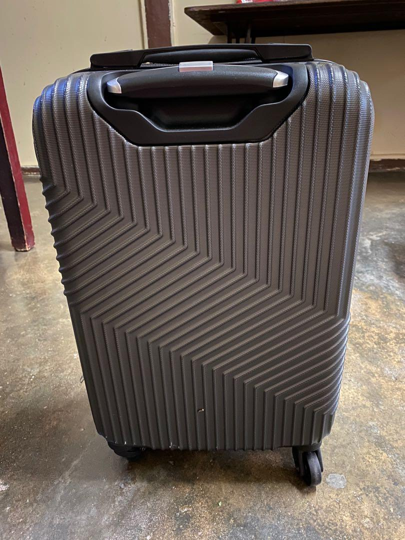 "Barry Smith  20"" hardcase  luggage"