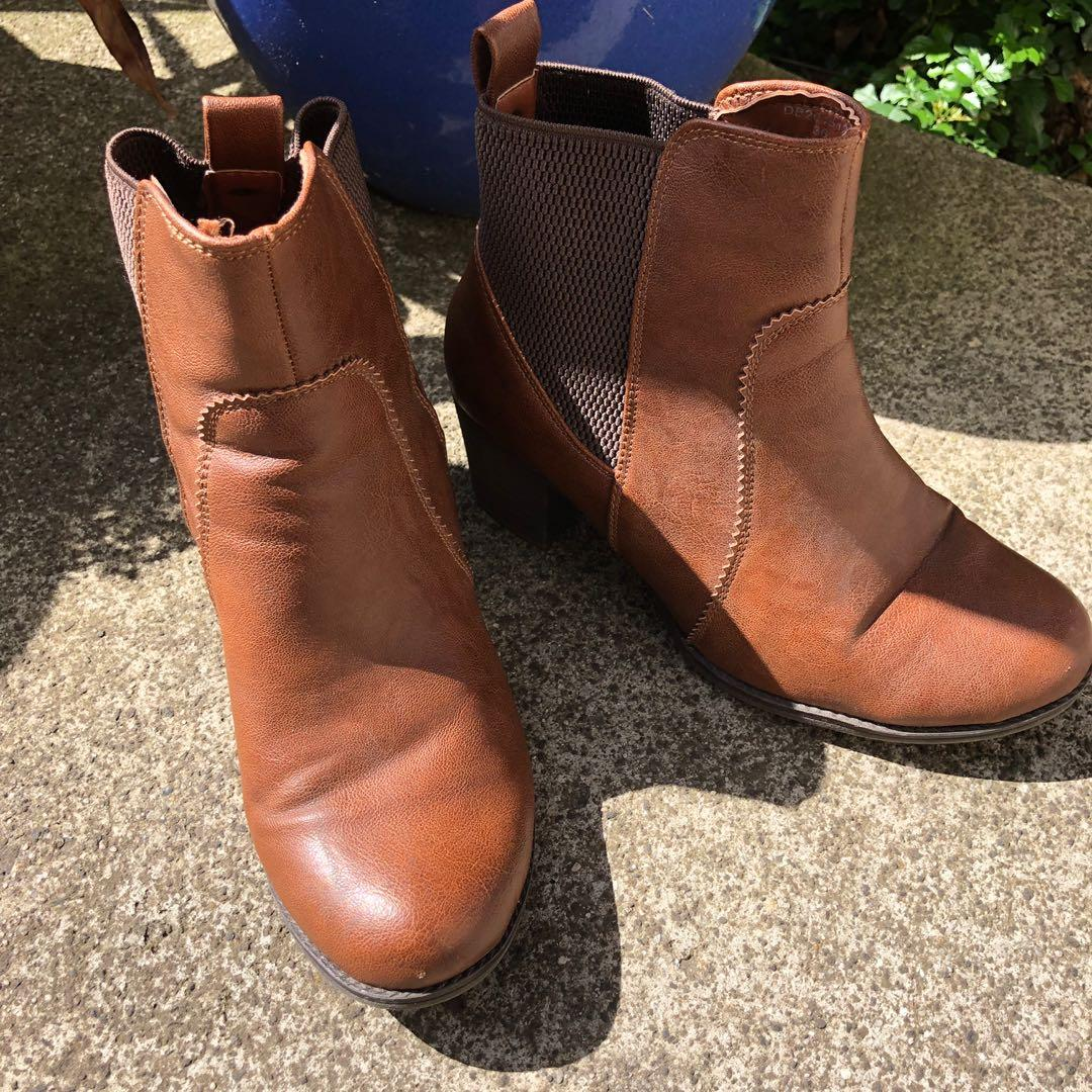 Brown tan shoes  -  (Price includes free standard Postage within Australia)