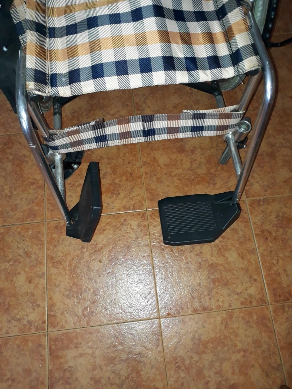 Foldable Light-weight Wheelchair