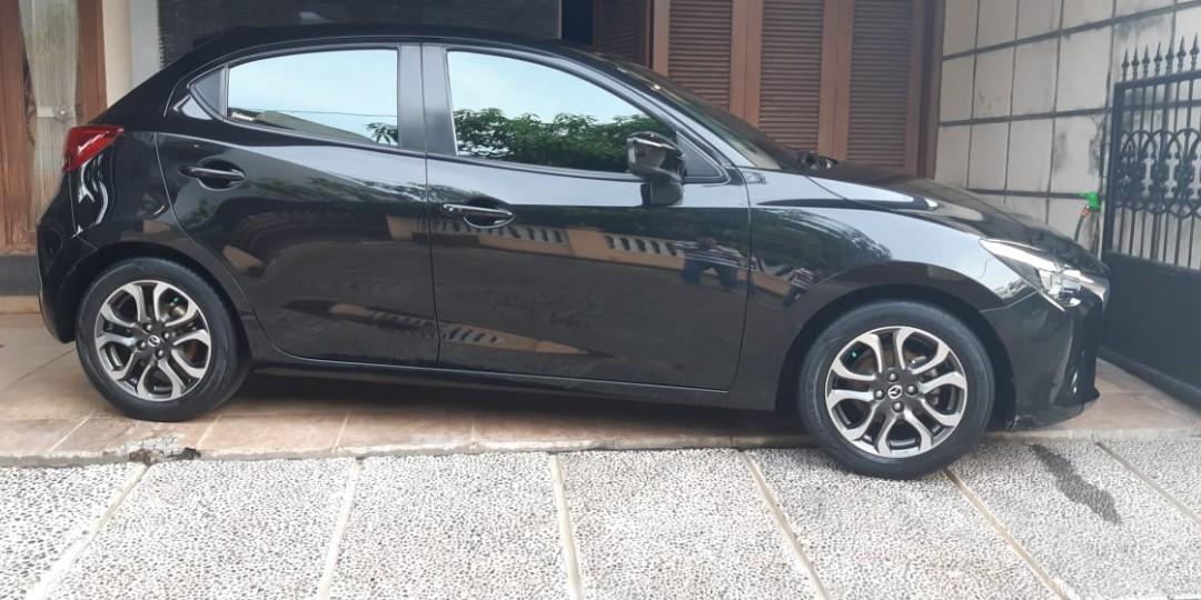 Mazda 2 tipe R  2016 automatic at mulus jual cepat
