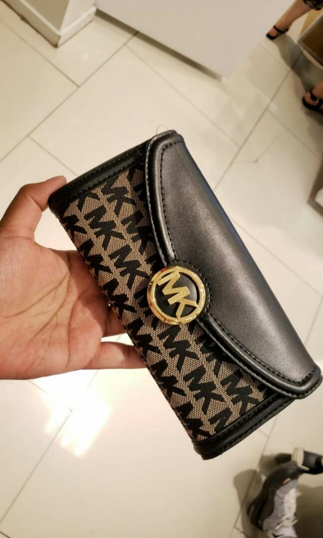 Michael Kors Signature Women Wallet Original (Available 4 variants)