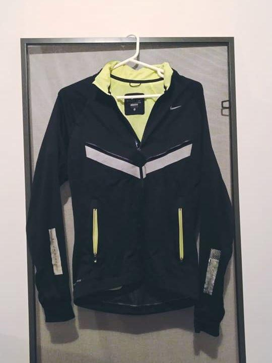 Nike Vapor 5 Jacket S size Black And Volt