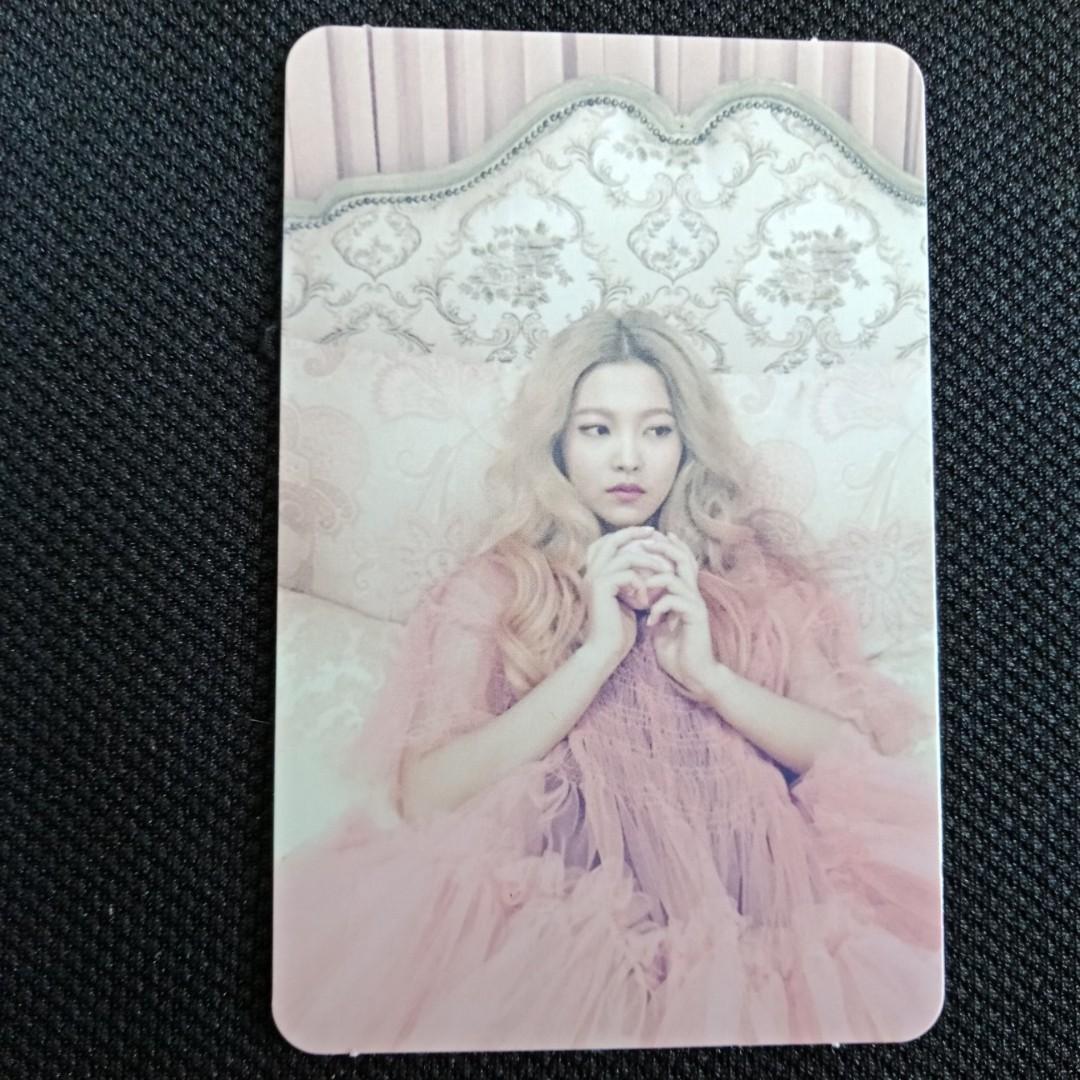 [RED VELVET CLEARANCE SALE] Yeri - The Velvet Official Photocard