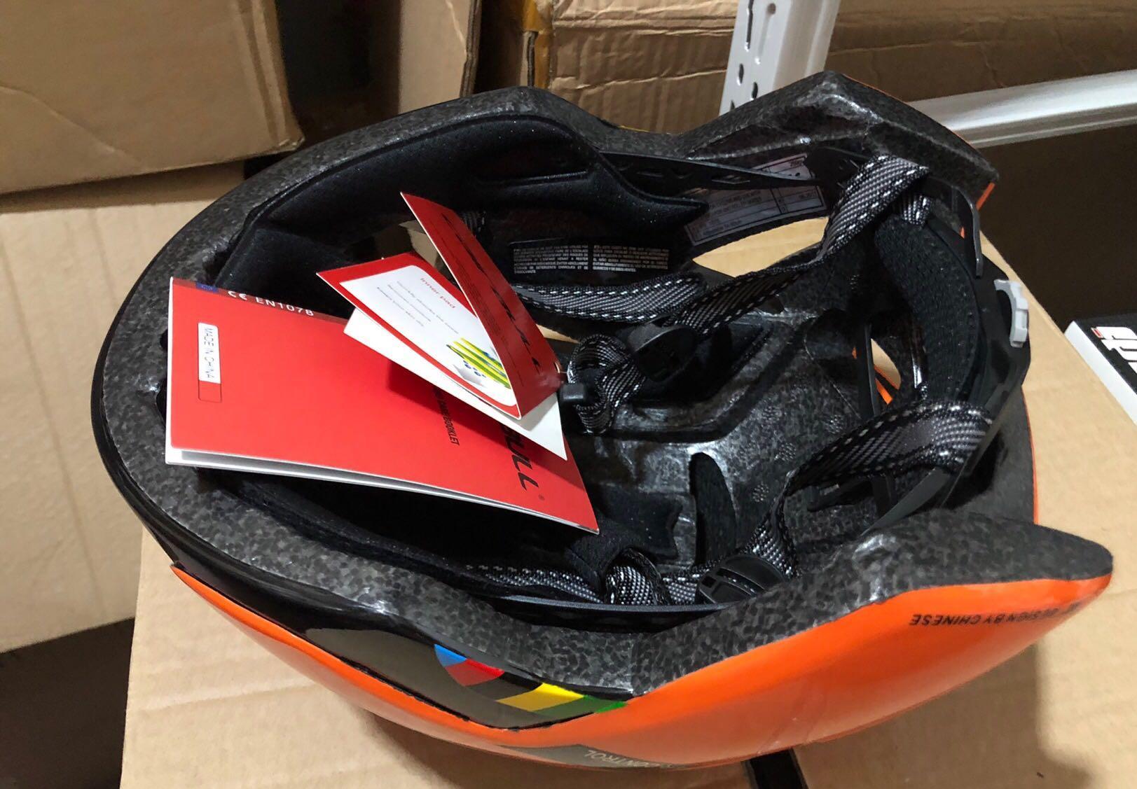 Road bike 🚴♀️ pneumatic helmet/ 53-61cm / All new brand