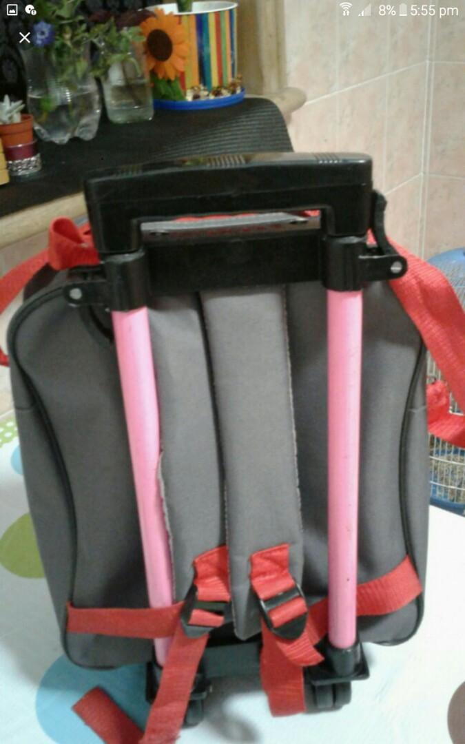 Trolly school bag good condtion Rm 45 only