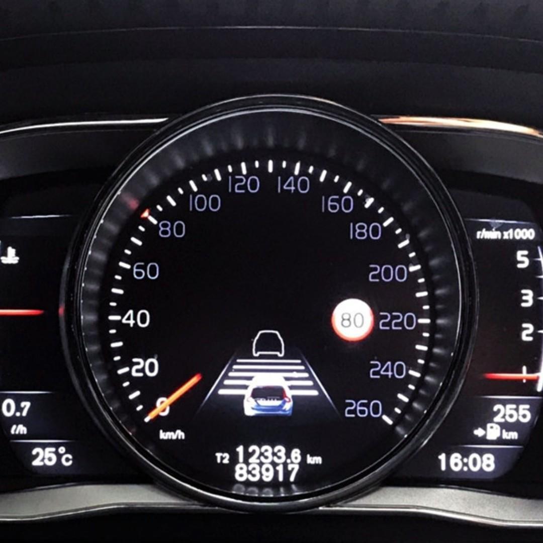VOLVO V60 旗艦版 ACC 車到偏移 盲點偵測 正一手車 全車原鈑 小改款8速