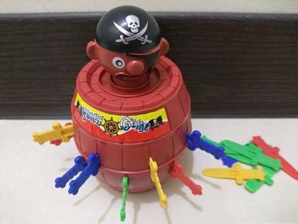 海盜桶插劍桌遊
