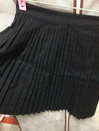 H&M全新黑色百褶短裙 黑色 百褶裙 短裙