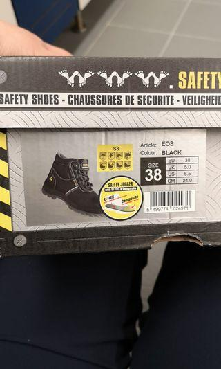 Safety joggers