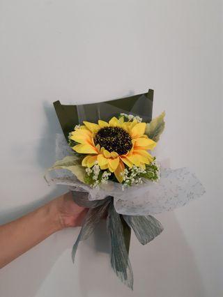 #1010 Graduation Forever Flower Bouquet