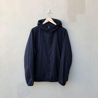 Uniqlo Tech Pocketable Windbreaker