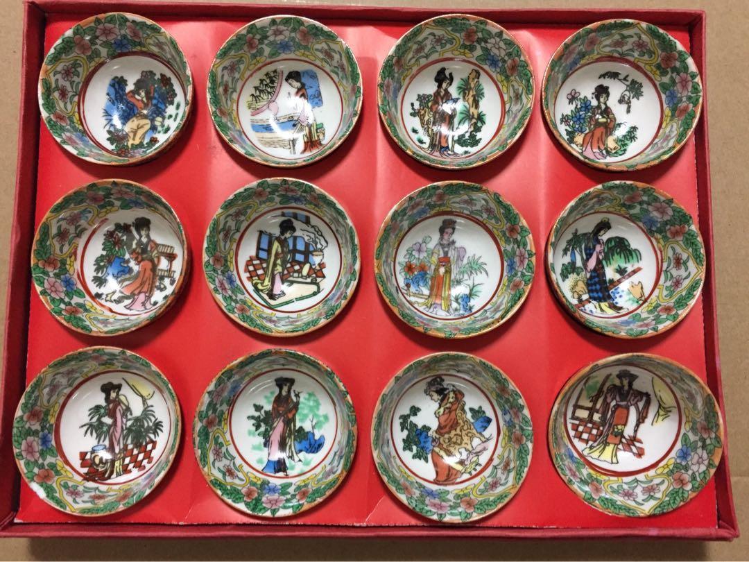 手彩繪12個生肖茶杯 古代美女生肖杯