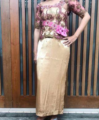 Kebaya Pink Gold + Dress Satin Sutra