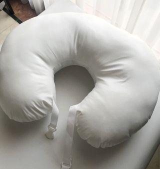 Preloved - Nursing Pillow
