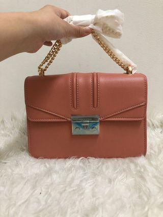 READYSTOCK NEW CHARLES & KEITH HANDBAG