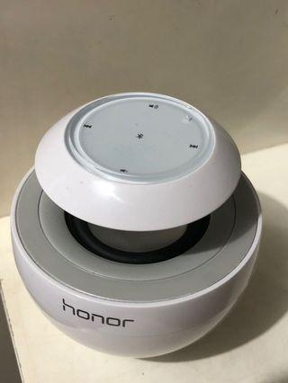 Speaker bluetooth honor