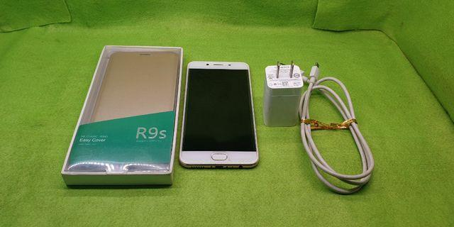 oppo R9S八成新功能正常