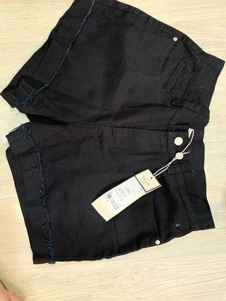 PAZZO 牛仔短褲(黑)