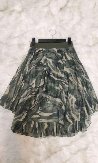 9.5成新/市面上少見彈性腰圍迷彩紗裙/適L內