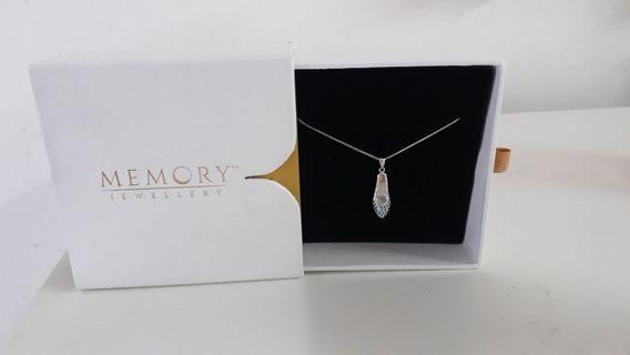 🆕️Blue Heel Necklace by Memory Jewellery