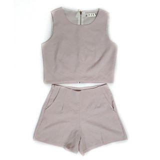 二手 女生 上衣 褲子 無袖 短褲 粉紫 套裝 網美 穿搭