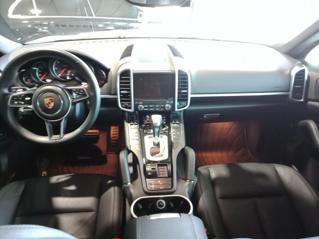 2018年掛牌 2017年出廠  Porsche Cayenne 3.0 Diesel   永業總代理  里程:1.9萬