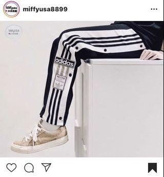 Adidas 愛迪達 鈕扣排檔三線褲 大童版