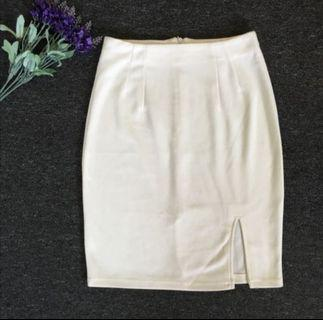 Creamy Midi Pencil Skirts