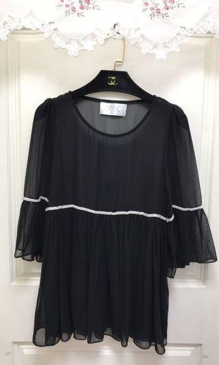 ✅黑色雪紡綴珠珠上衣/超美💓 ✅正韓🇰🇷9.5成新使用一次、極新/整體保持良好無污損/適S/實品真的超美