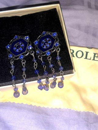 Antique earring (clip-on)