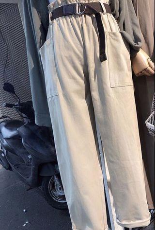 附皮帶彈性雙口袋直筒褲