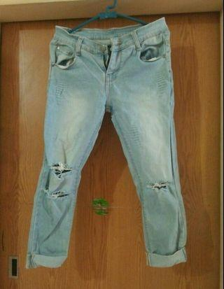 freeong celana ripped jeans sixtyone
