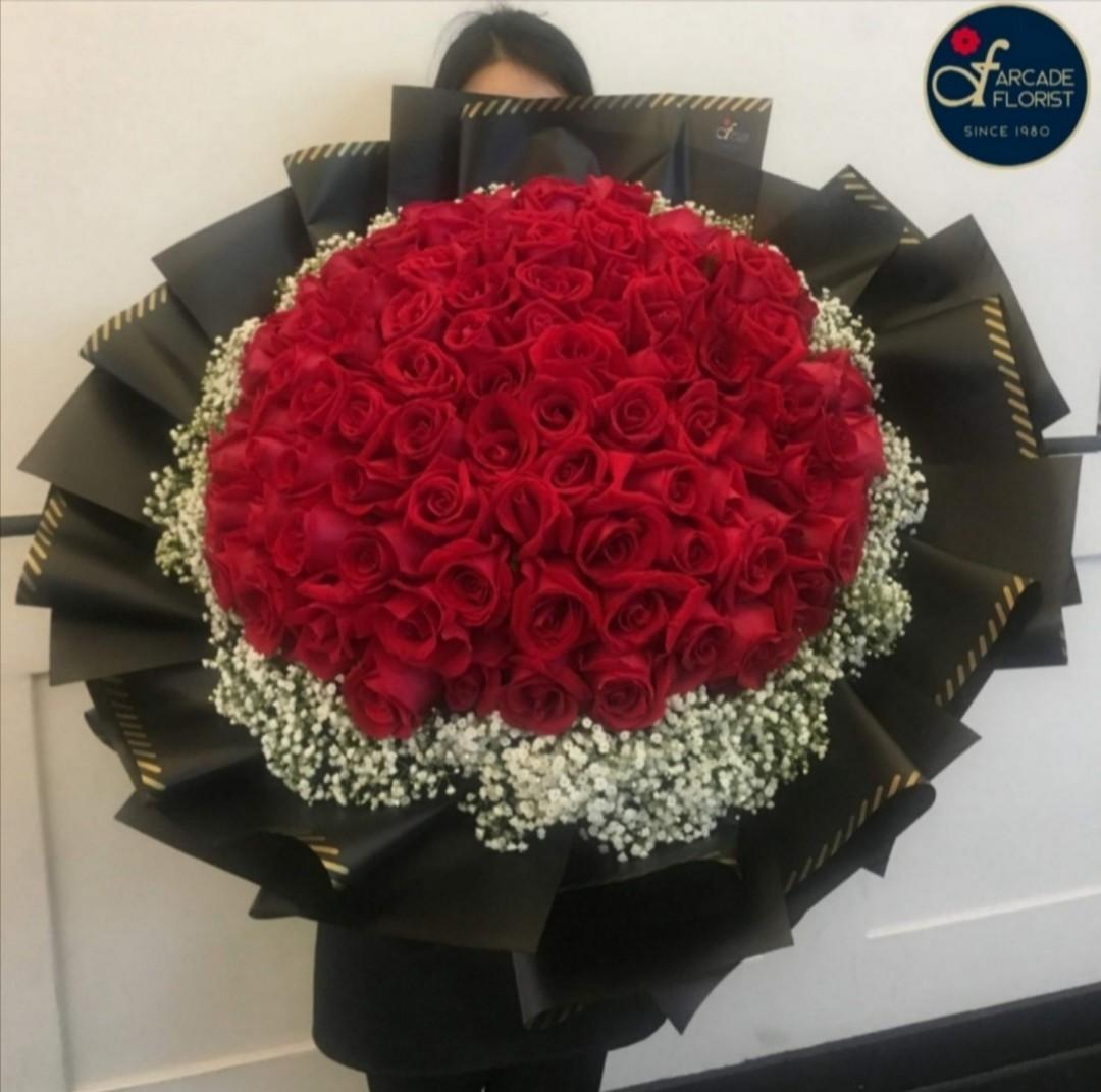99 Stalks Giant Red Roses W Baby Breath Fresh Flower Bouquet Rose Flower