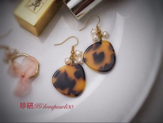 琥珀紋珍珠耳環