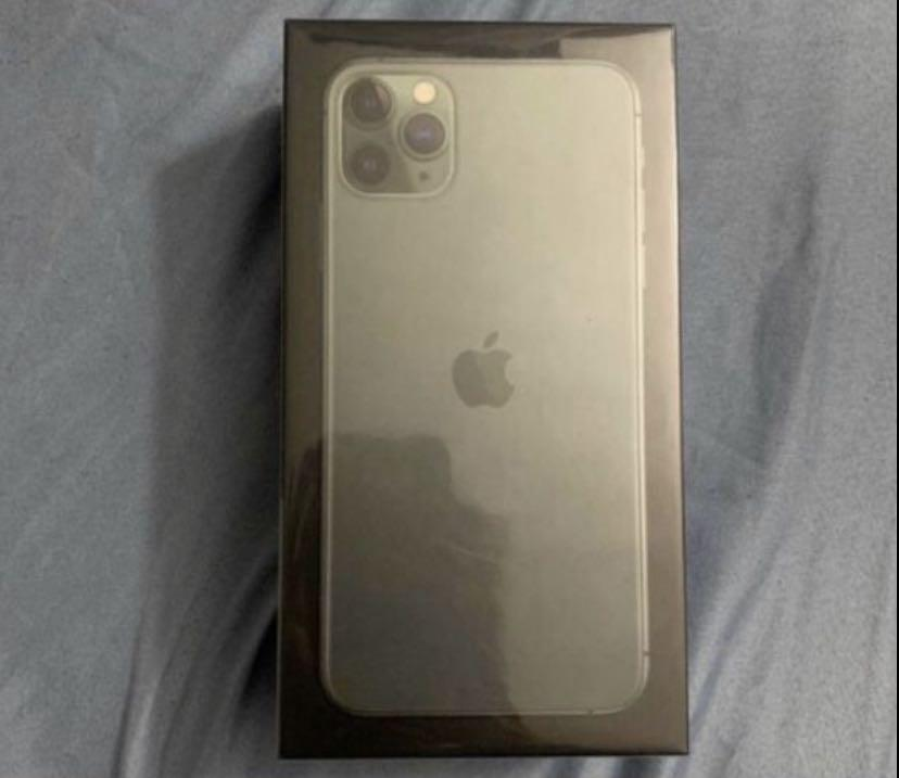 Apple iPhone 11 pro max 256gb unlocked brand new!!!