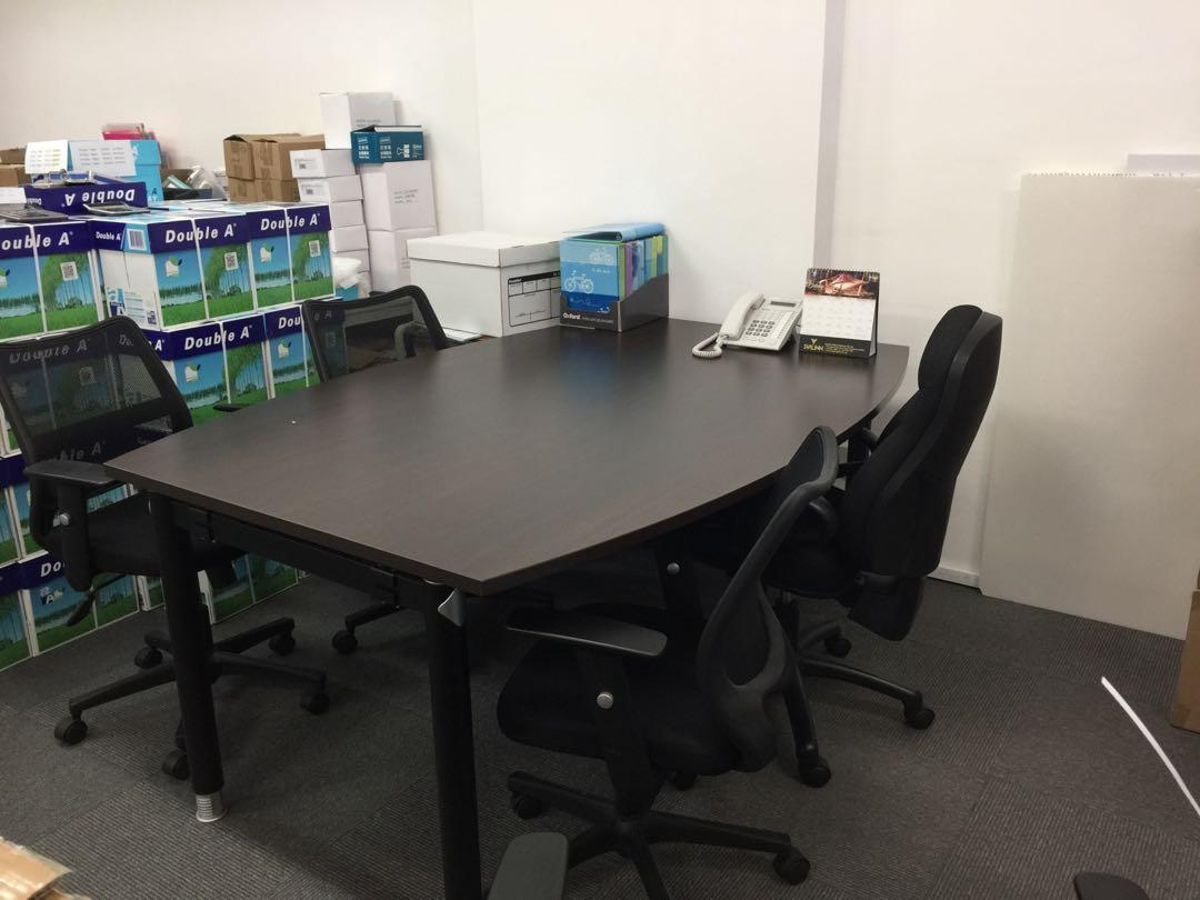 Boat-Shaped Meeting Table (very good condition)