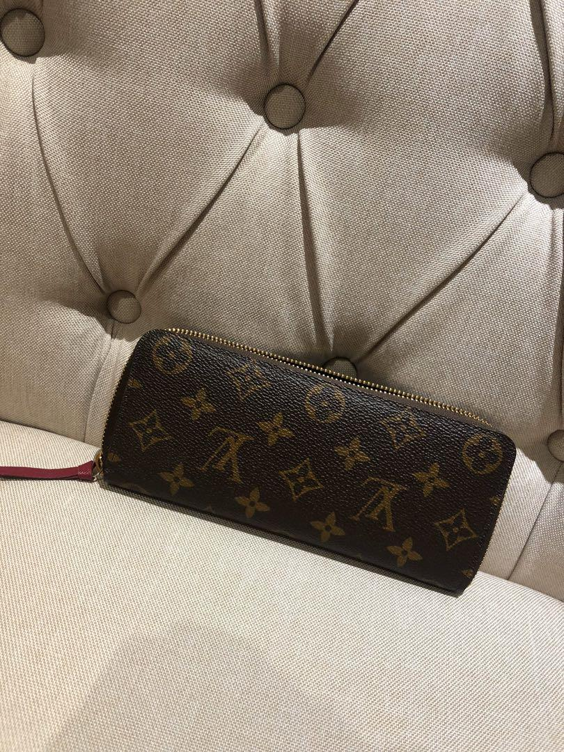 Brand new with receipt Louis Vuitton Clemence wallet zippy