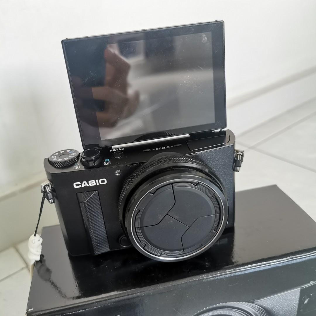 Casio Exilim EX-100