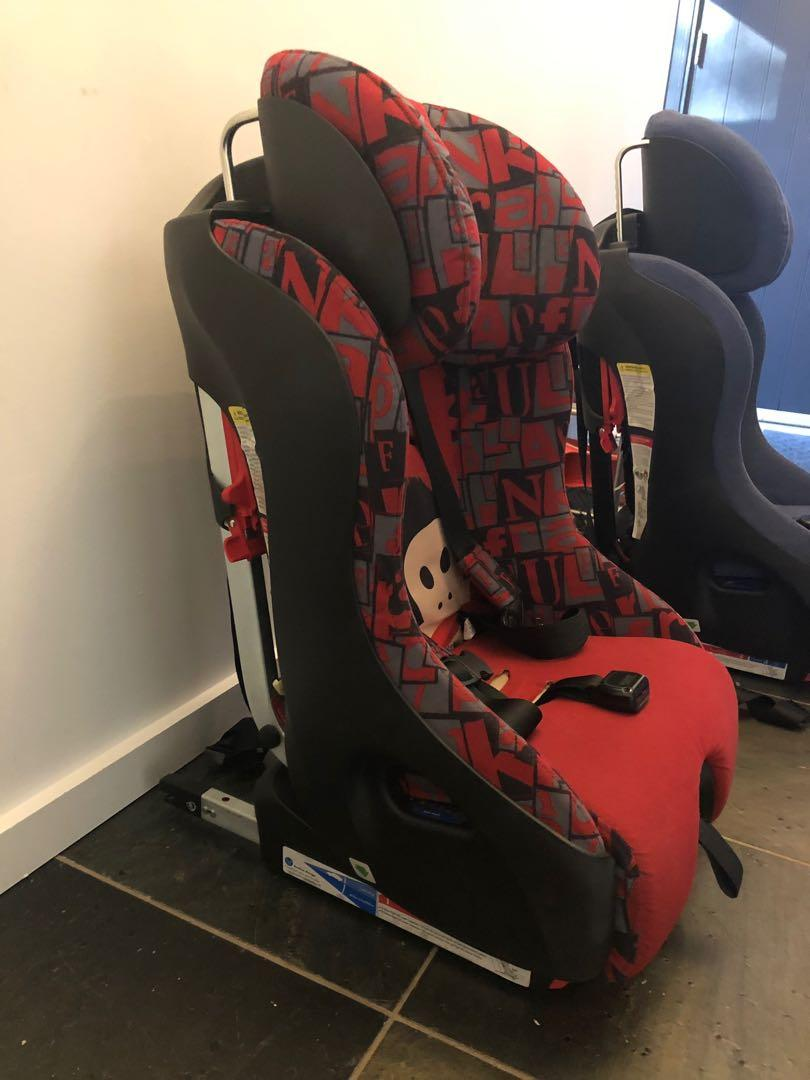 Clek Foonf Convertible Car Seat - Paul Frank limited edition